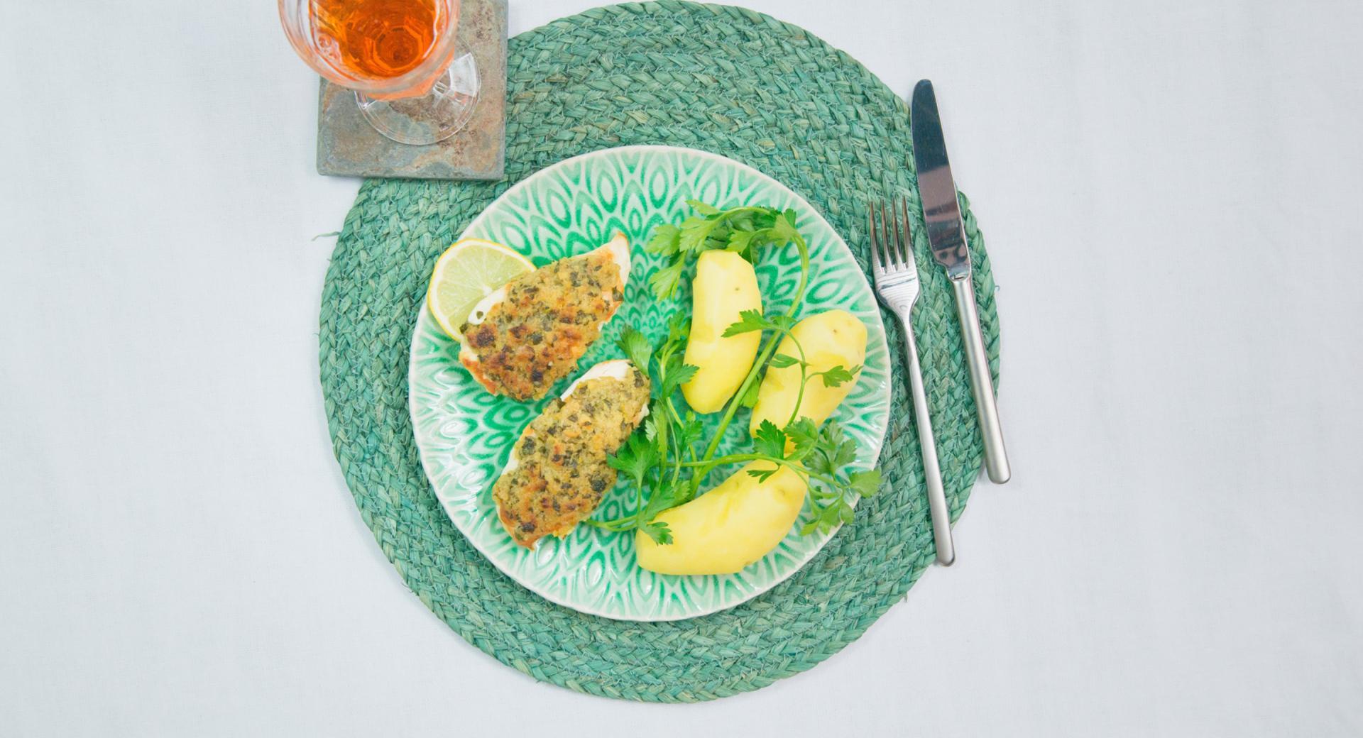 Petti di pollo in crosta di limone e prezzemolo