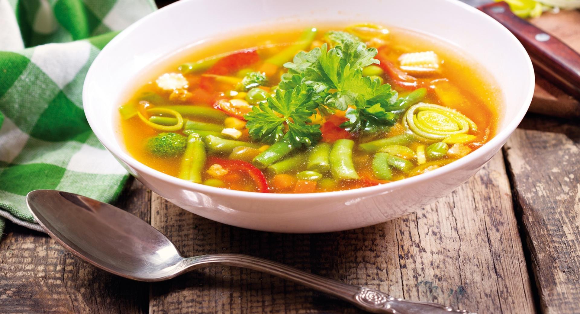 Zuppa di verdure dell'orto