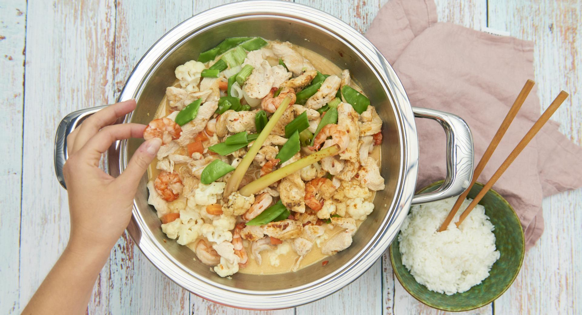 Curry di pollo e gamberetti