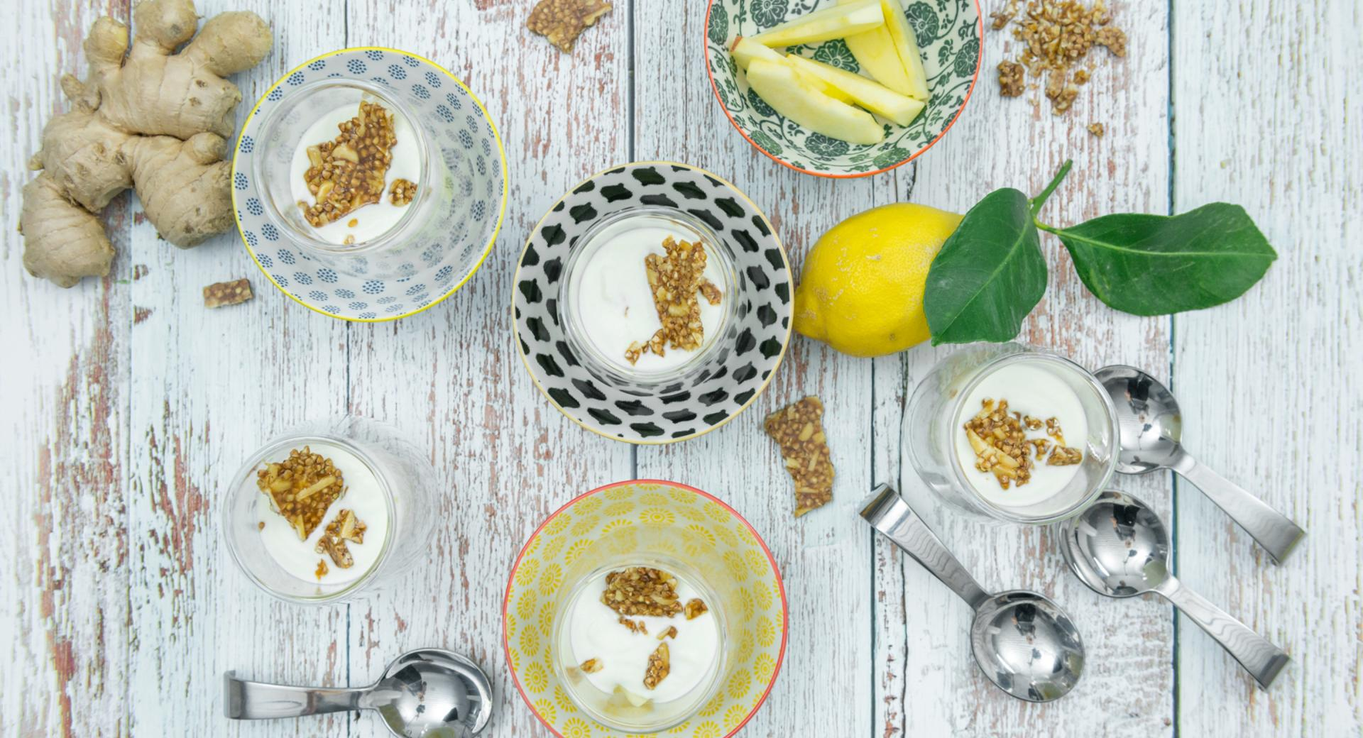 Dessert di mele e yogurt