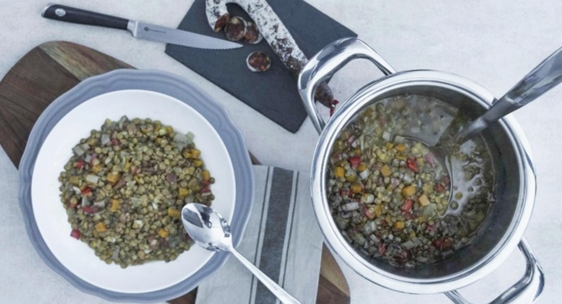 Zuppa di lenticchie spagnola