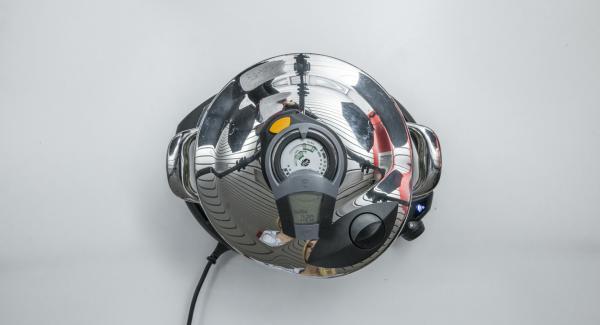 """Applicare Audiotherm su Visiotherm e ruotarlofinché non compare il simbolo """"turbo"""" e la spia di Navigenio lampeggia di blu."""