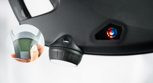 Non appena la spia di Navigenio lampeggia alternativamente di rosso/blu, inserire su Audiotherm un tempo di cottura di ca. 15 minuti con il tasto destro. Quando la spia di Navigenio inizia a lampeggiare di blu, Neavigenio e Audiotherm sono collegati.