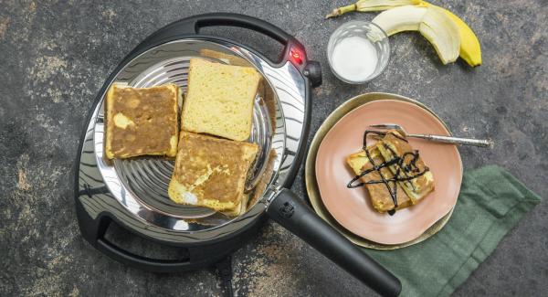 Procedere allo stesso modo con i restanti toast e servire.