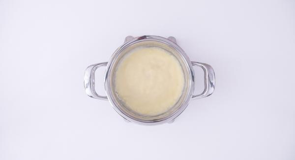 Coprire l'Unità con il coperchio e scaldare fino a 70°C, quindi spegnere il piano di cottura e lasciare riposare per almeno 10 minuti.