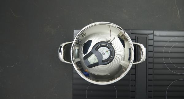 Al suono di Audiotherm, abbassare il livello e cuocere.