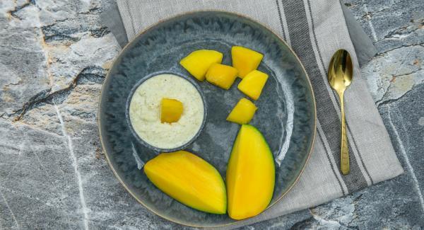 Condire con sale, pepe di Cayenna e succo di limone o di lime.