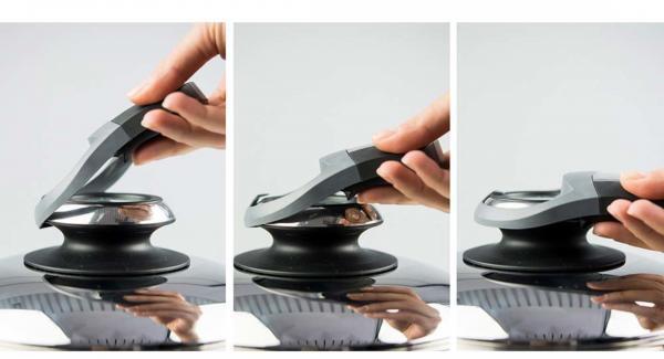 """Posizionare Arondo sul fornello e impostare il livello massimo. Accendere Audiotherm, applicarlo su Visiotherm e ruotarlo fino a visualizzare il simbolo """"carne""""."""