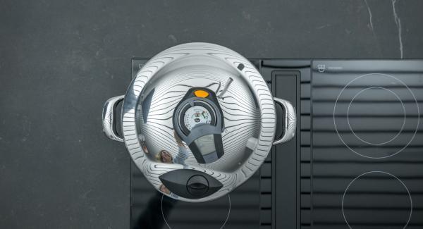 Al suono di Audiotherm, togliere dal fornello e attendere l'apertura di Secuquick.