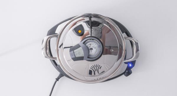 """Impostare Navigenio in modalità """"A"""", accendere Audiotherm, inserire un tempo di cottura di 5 minuti, applicarlo su Visiotherm e ruotarlo fino a visualizzare il simbolo """"vapore""""."""