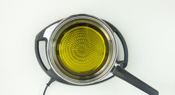 """Posizionare l'unità di cottura con abbondante olio su Navigenio impostato a livello 6. Accendere Audiotherm, applicarlo su Visiotherm e girare finchè compare il simbolo """"carne""""."""
