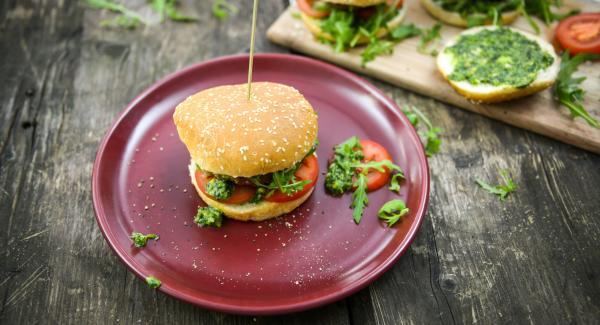 Hamburger di manzo al pesto